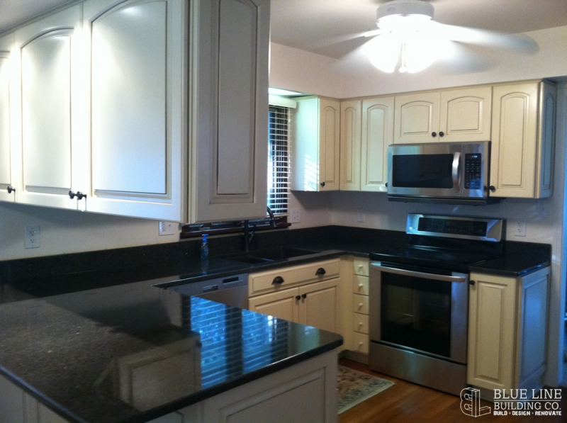 Home Contractor Belleville MI - Blue Line Building Co. - kitchen2_after